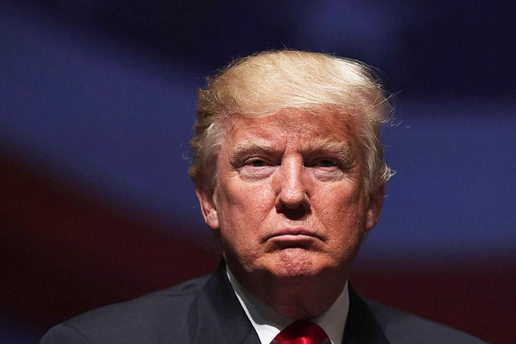 کناره گیری یکی از دستیاران نزدیک و باسابقه ترامپ