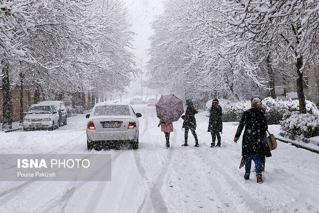 از بارش برف در 11 استان تا امواج سه متری در خلیج فارس