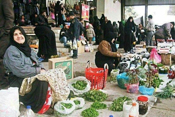 گلایه شهروندان فومنی از سد معبر، شهرداری ساماندهی کند