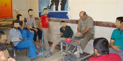 شروع برگزاری کلاس های آموزش صنایع دستی در زندان های خوی
