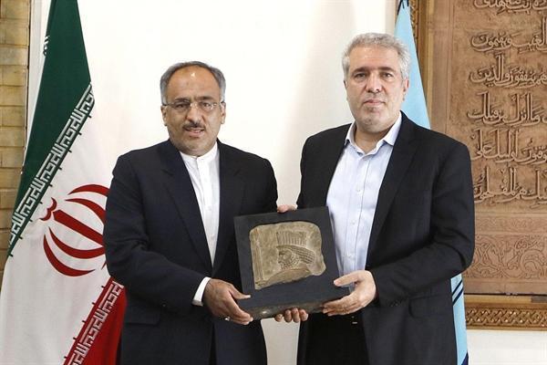 سردیس سرباز هخامنشی تحویل سازمان میراث فرهنگی شد