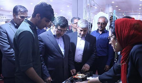 نمایشگاه سراسری صنایع دستی در بندرعباس افتتاح شد