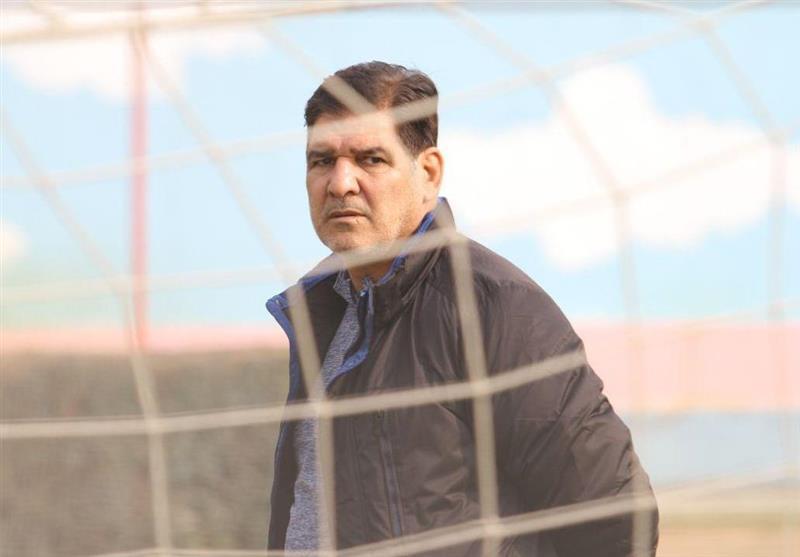 مهاجری: اگر قرار باشد داوری اشتباهات داور دیگری را جبران کند باید در این فوتبال را بست، با تیمی بهتر وارد نیم فصل دوم می شویم