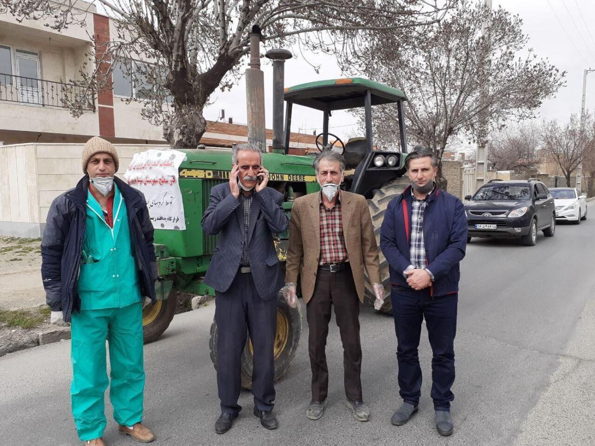 خبرنگاران سهم کشاورزان قروه ای در مقابله با بحران کرونا؛ سم پاشی معابر شهری