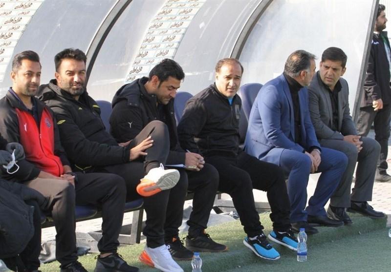 دین محمدی: مسابقات فوتبال پس از خاتمه کرونا باید ادامه پیدا کند، منطقی نیست که تیمی را قهرمان اعلام کنند