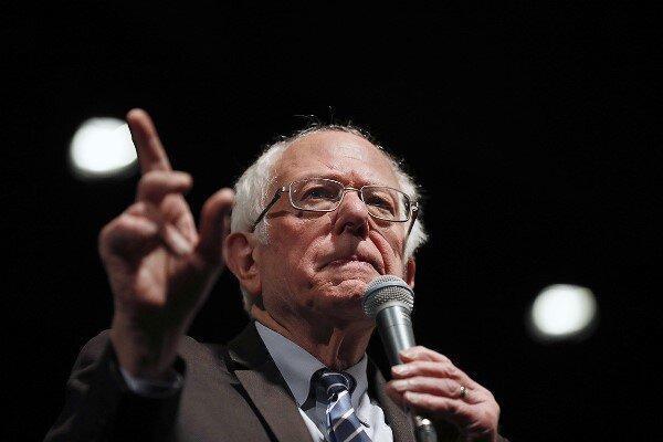 برنی سندرز: 40 میلیون آمریکایی در فقر زندگی می کنند