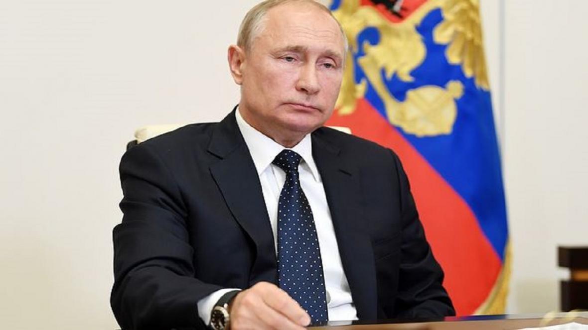 کرملین: دعوت از پوتین برای شرکت در نشست گروه هفت از طریق کانال دیپلماتیک صورت می گیرد
