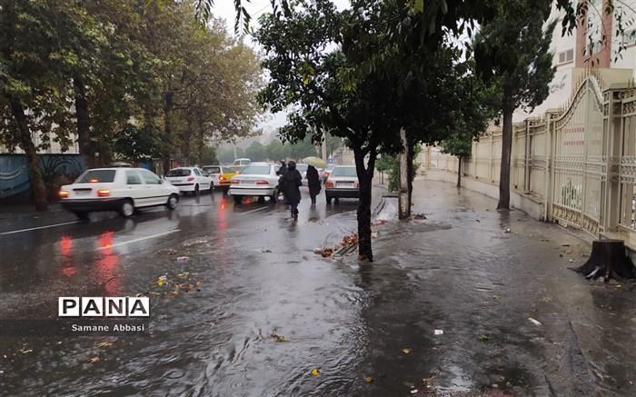 15 استان کشور بارانی می شوند