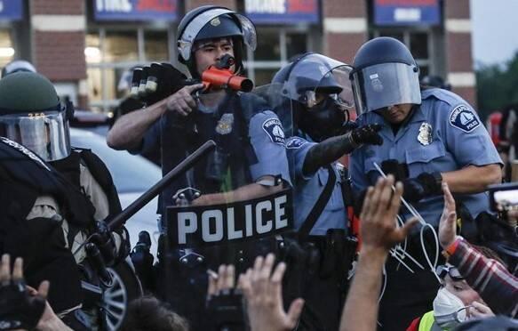 تلفات شورش های کنگره آمریکا به 4 تن رسید