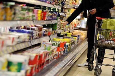 رشد خرده فروشی کالا و خدمات