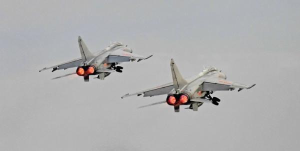 پروازجنگنده های چین در منطقه جهت نمایش قدرت به ارتش آمریکا