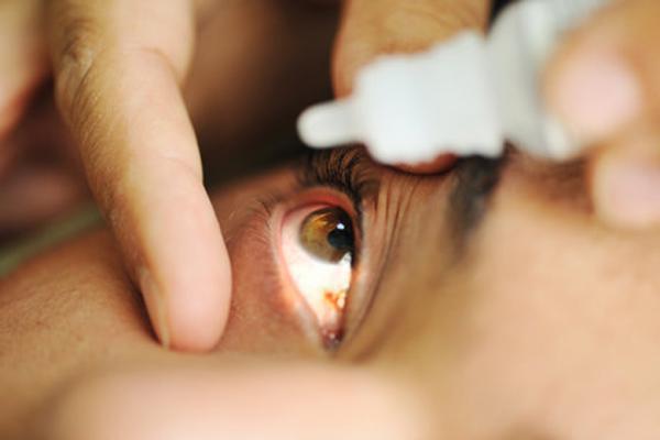 قطره ای که جایگزین عینک مطالعه می شود
