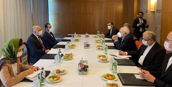 ملاقات ظریف و اتمر در آنتالیا؛ آمادگی ایران برای مشارکت موثر در تحکیم ثبات در افغانستان