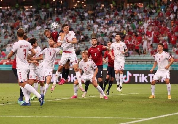 یورو 2020، پیروزی یک نیمه ای دانمارک برابر چک، گام بلند وایکینگ ها برای صعود